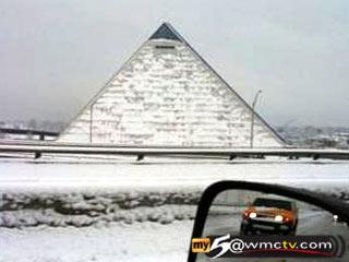 snow.pyramid.memphis