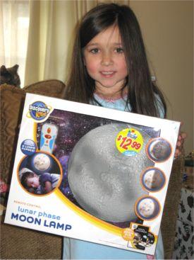 gc1.moon.lamp