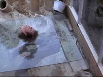 the-omen-glass-sheet-decapitation